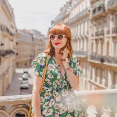 La robe verte à fleurs